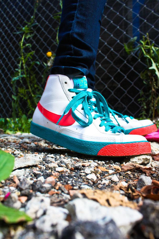 close up Nike