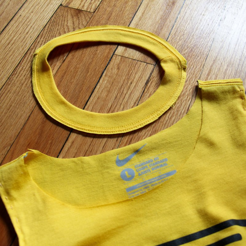 Do It Yourself- crafts with old T-shirts