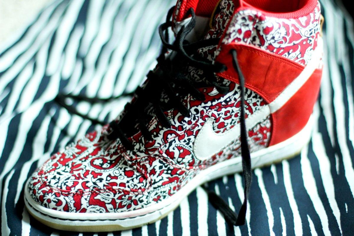 sneaker wedge debate