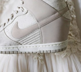 Sneakerhead Bride / for the love of nike