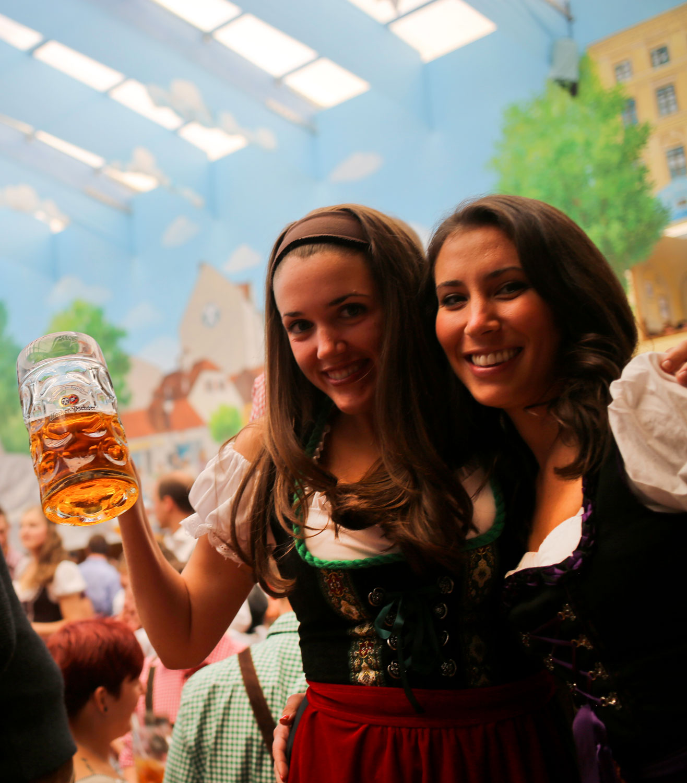 Oktoberfest in Munich 2016 / for the love of nike