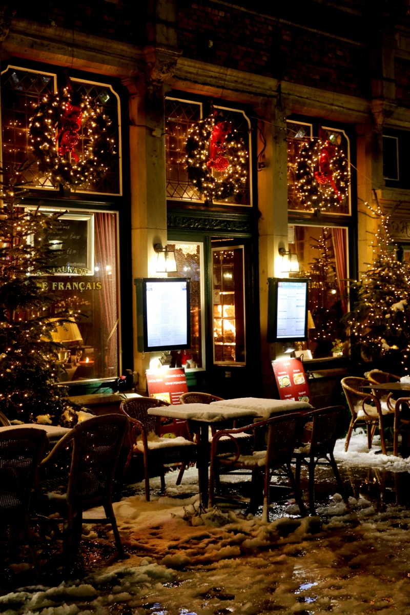 Christmas in Brugge, Belgium / for the love of nike