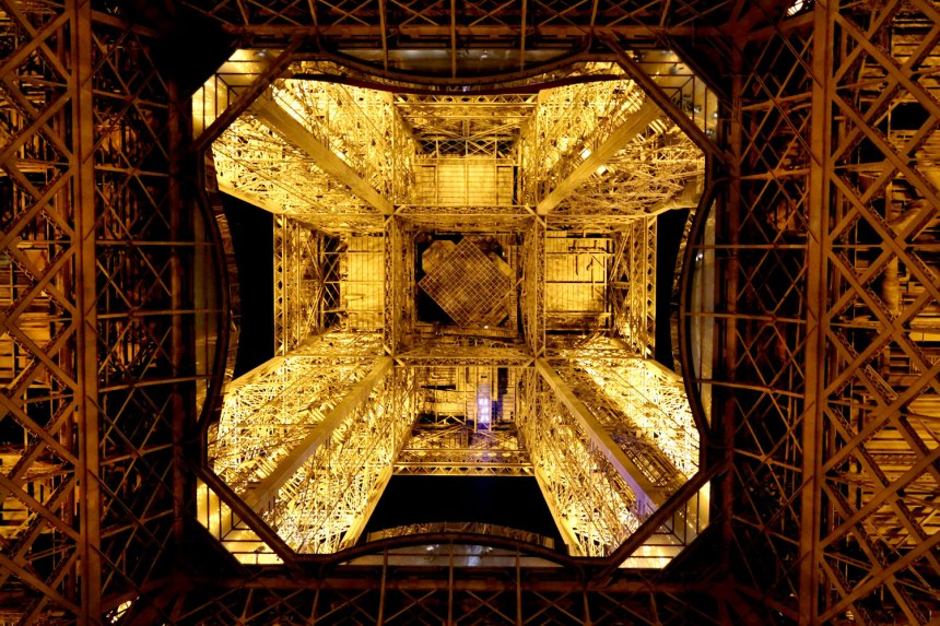 The Eiffel Tower / for the love of nike