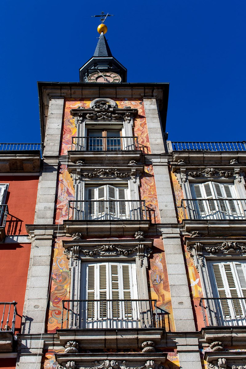 Exploring Madrid, Spain / for the love of nike / Jennifer Martinez Conway