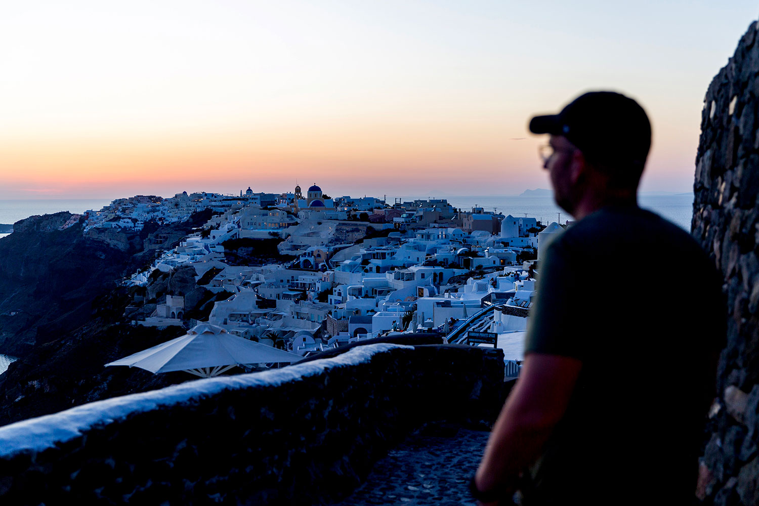 Exploring Oia, Santorini / for the love of nike