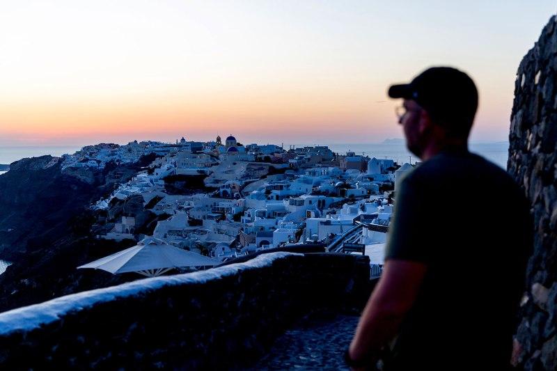 Exploring Oia, Santorini / for the love of nike