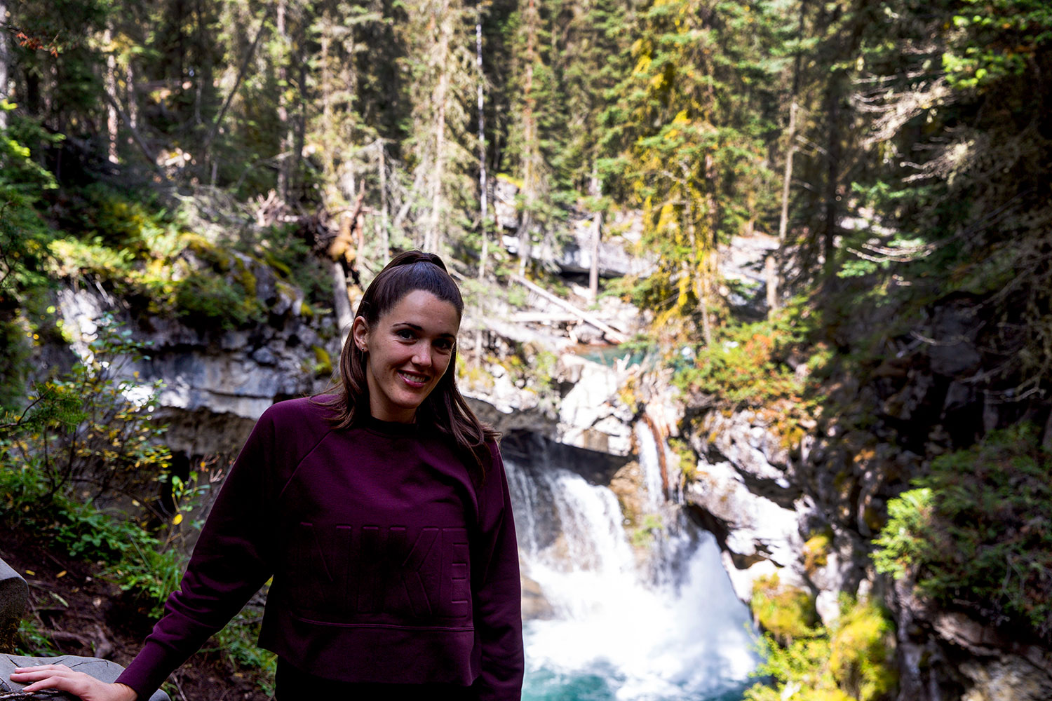Exploring Johnston Canyon in Banff / for the love of nike