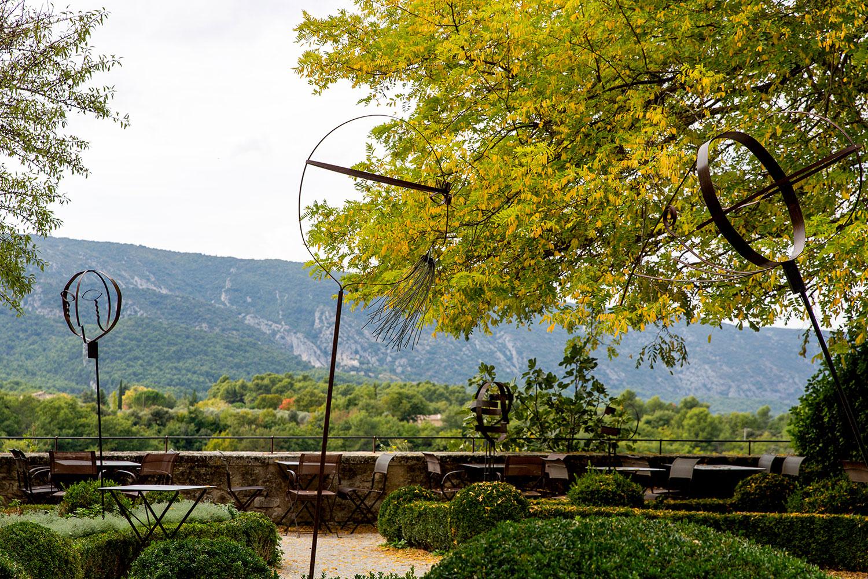 Exploring Ménerbes, Provence-Alpes-Côte d'Azur / for the love of nike